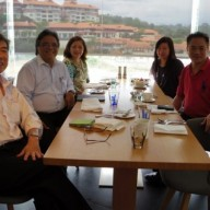 Mr. and Mrs. Sanvictores flanked by Dr. Ooi Chee Keong (JAGAM President) and Dr. Goh Nge Seung (JAGAM Secretary-General)
