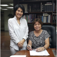 Ms. Naomi Mes of International School-Manila with Mrs. Edna Ocampo of Young Achievers International School